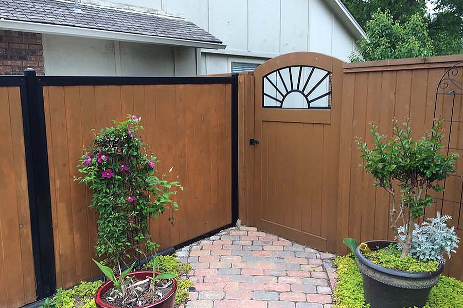 Wood Privacy Fence Builder Arrow Fence Company Tulsa