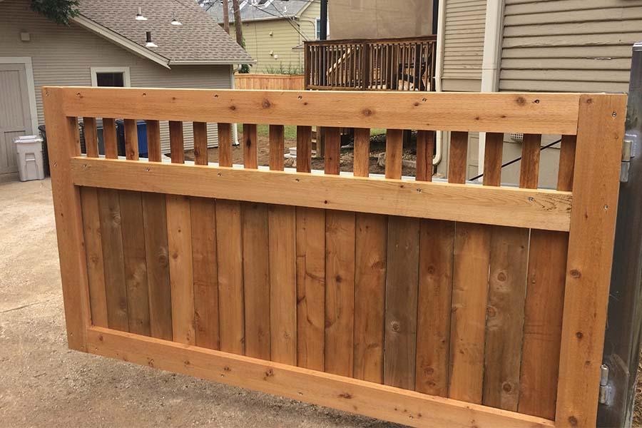 Wood Privacy Fence Builder - Arrow Fence Company - Tulsa, Oklahoma